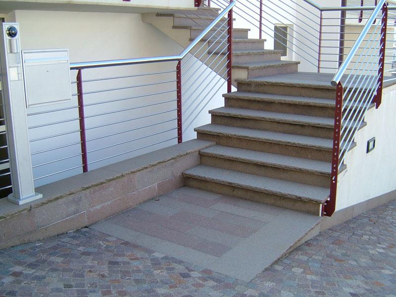 Cool gradini in pietra per scale li42 pineglen - Scale per esterni in pietra ...